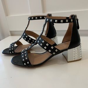 Linea Paolo Harley black w/ silver studded  sandal